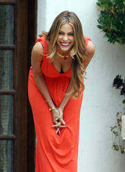Sofia Vergara - Down Blouse Shots On The Set of Chef