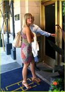 Kate Gosselin -- arriving at hotel in NYC (2010-06-04)
