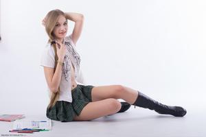 http://img259.imagevenue.com/loc509/th_020860249_tduid300163_Silver_Starlets_Katenka_student_1_051_123_509lo.JPG