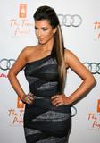 Kim Kardashian (Ким Кардашьян) - Страница 6 Th_91734_kim_kardashian_1_tikipeter_celebritycity_028_123_522lo