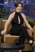 http://img259.imagevenue.com/loc541/th_012914786_Evangeline_Lilly_Appearing_on_The_Tonight_Show_with_Jay_Leno5_122_541lo.jpg