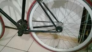 Bicicleta Pistera aro 27 60.000  Th_854948296_19510606_10213115856634755_380531446068218780_n_122_61lo